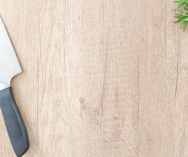 Kitchen Equipment: Choosing the Right Cutting Board